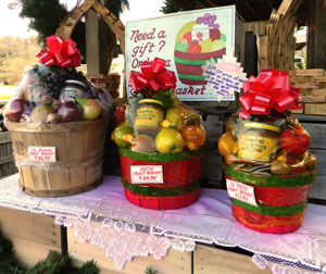 Baugher's Fruit Baskets are available in three sizes.